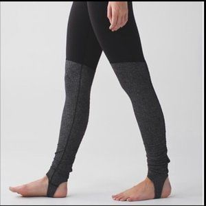Size 6 - Lululemon Wunder Under Pant (Stirrup)